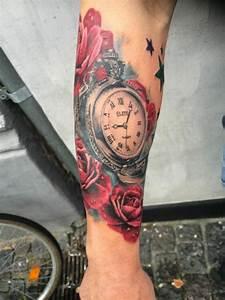 Tatouage Montre A Gousset Avant Bras : tatouage bras et avant bras en 50 id es hommes et femmes ~ Carolinahurricanesstore.com Idées de Décoration