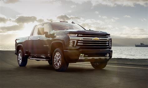 Chevy Hd Trucks by 2020 Chevrolet Silverado Hd High Country Revealed Luxury