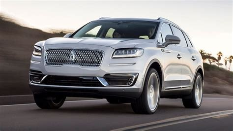 La Auto Show The 2019 Lincoln Nautilus Is A Very Evasive
