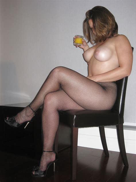 So Sexy In Her Pantyhose Milf Luscious