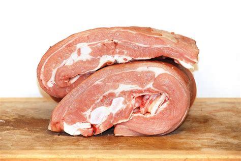 cuisiner poitrine de veau poitrine de veau de lait sous la mère boucherie trolliet