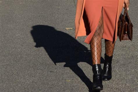 jupe bureau porter une jupe crayon fendue au bureau deadlines dresses