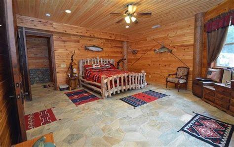 sale luxury log home   southern oregon coast