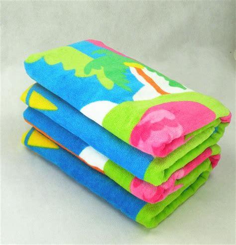 China Customized Mini Beach Towel Manufacturers And