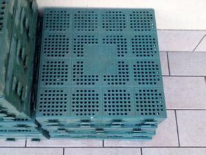 piastrelle da giardino in plastica 73 piastrelle in plastica per ceggio posot class