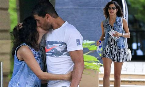 Rafael Nadal shares kiss with his girlfriend in Melbourne ...