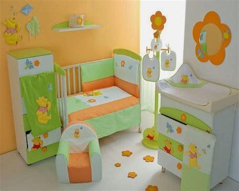 deco winnie l ourson pour chambre decoration chambre bébé winnie l 39 ourson bébé et