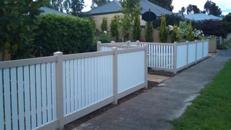 decorative  home  offices    fencing