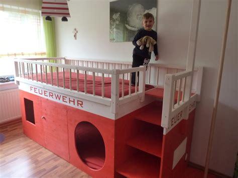 Kinderzimmer Gestalten Polizei by Die 25 Besten Feuerwehrbett Ideen Auf