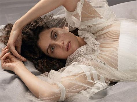 chambre bettina rheims laetitia casta embraces feminism in bettina rheims 39 images