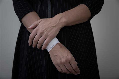 harm treatment signs mental health treatment florida