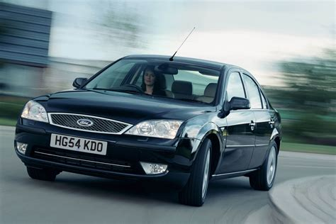 Ford Car : Ford Mondeo Hatchback Review (2000