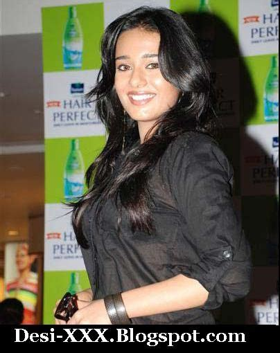 Desi Xxx Amrita Rao In Transparent Shirt