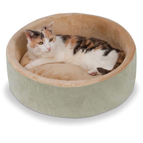 cat beds the warming cat bed hammacher schlemmer