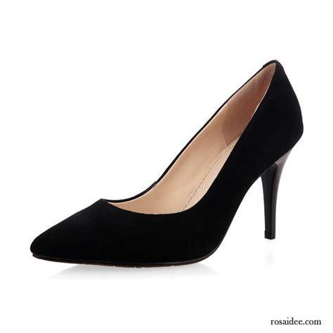 Pumps Schwarz Kleiner Absatz Spitze Schuhe Damen