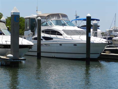 cruisers yachts   express motoryacht