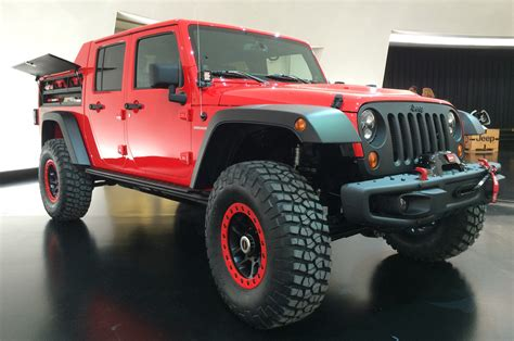 back of a jeep jeep pulls back cover on wrangler red rock concept motor