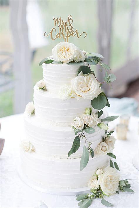 wedding cake style williamsburg weddings virginia bride
