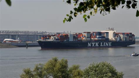 Ruder Küchen Hamburg by Zeigt Containerschiff Das V 246 Llig Aus Dem Ruder