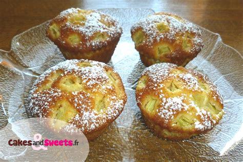 recette dessert avec rhubarbe muffins rhubarbe recette de dessert cakesandsweets fr
