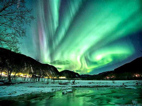 Aurora Lights by Aurora Borealis Wallpaper