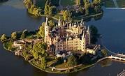 Schwerin Palace - Wikipedia