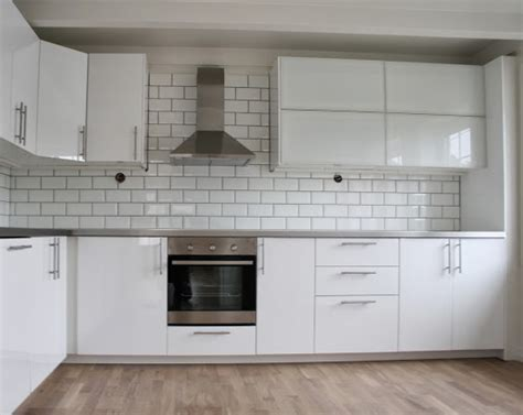 Ikea Küche Ringhult Weiss by Ikea Ringhult Kitchen In Gloss White Island Ideas