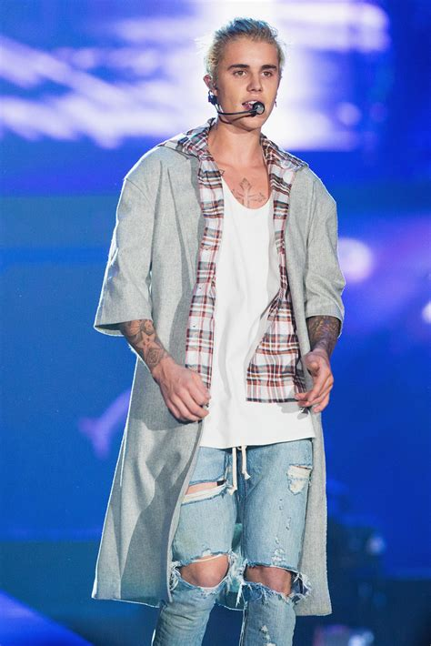 Calvin Klein Outfits Justin Bieber for u0026#39;Purposeu0026#39; World Tour