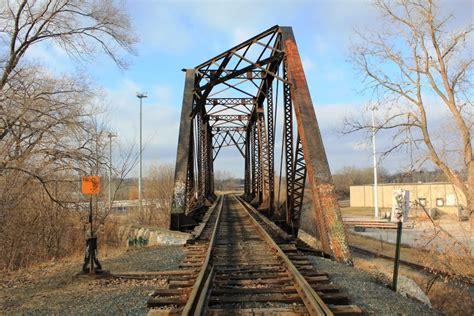 Bridgehunter.com   Soo Line Junction Overpass