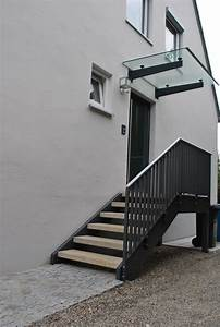 Geländer Treppe Aussen : eingangstreppe in 2019 hauseingang treppen eingang treppe und eingangstreppe ~ A.2002-acura-tl-radio.info Haus und Dekorationen