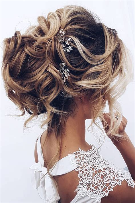 30 OH SO PERFECT CURLY WEDDING HAIRSTYLES My Stylish Zoo