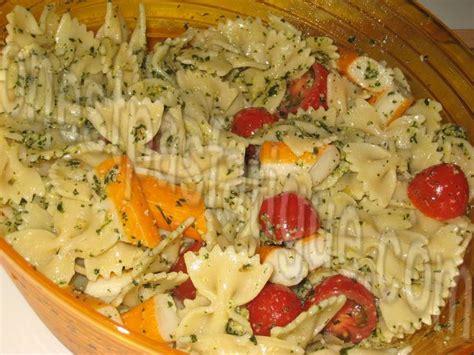 les 25 meilleures id 233 es de la cat 233 gorie salade pates surimi sur