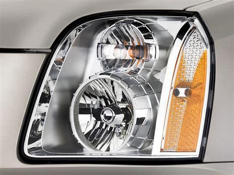 image 2014 gmc yukon xl 2wd 4 door 1500 denali headlight