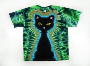 tie dye t shirt and plus sizes black cat green