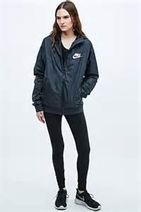 Black Nike Windbreaker Jacket Women