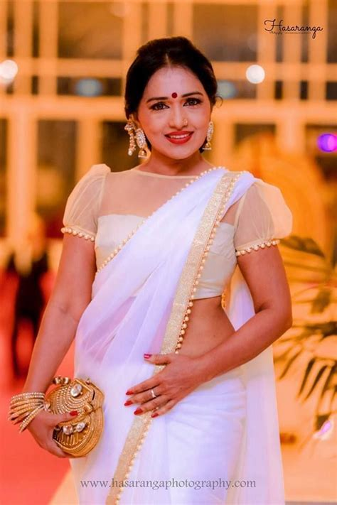 sri lankan nilmini thennakoon saree b s saree saree blouse sari