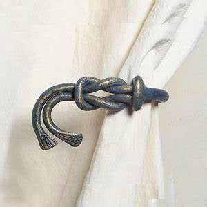 Embrases Double Rideaux : embrasse soie tous les objets de d coration sur elle maison ~ Teatrodelosmanantiales.com Idées de Décoration