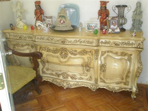 Classifieds| Antiques » Antique Furniture