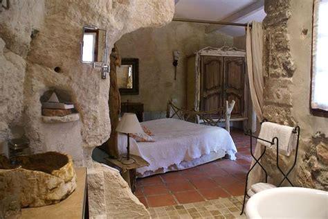 chambre troglodyte amboise le d 39 aigret hotel troglodyte aux baux de provence