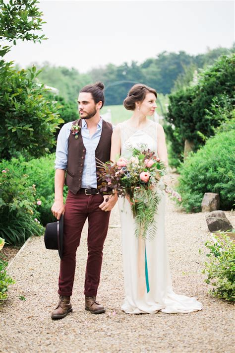 bohemian themed wedding ideas roxanna sue photography