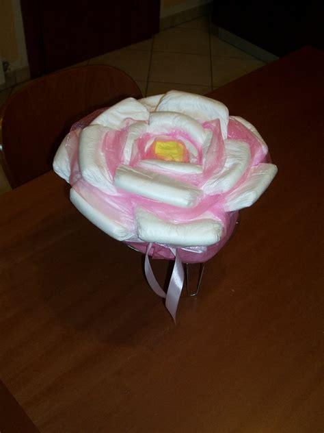 di pannolini torta di pannolini rosa fiore di pannolini bambini