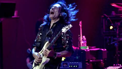 steve vai unveils    theory book