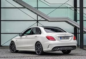 Mercedes Classe C Blanche : mercedes benz classe c berline c 250 d amg line 2017 prix moniteur automobile ~ Gottalentnigeria.com Avis de Voitures