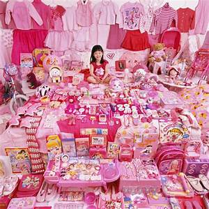 Pink and Blue Themed Kids' Rooms Layouts