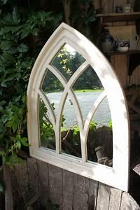Spiegel Weiß Holzrahmen : spiegel spiegelfenster mit gothischem holzrahmen in antik wei wandspiegel ~ Indierocktalk.com Haus und Dekorationen