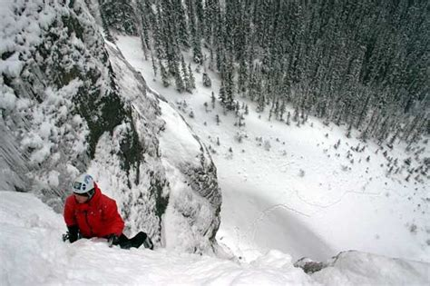 ice climbing leader   canmore  banff ice