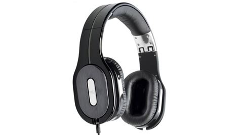 best phone headphones 25 pairs tested techradar