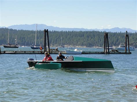 Catamaran Vs Boat by Compare Performance Of Low Power Flat Bottomed Skiffs Vs