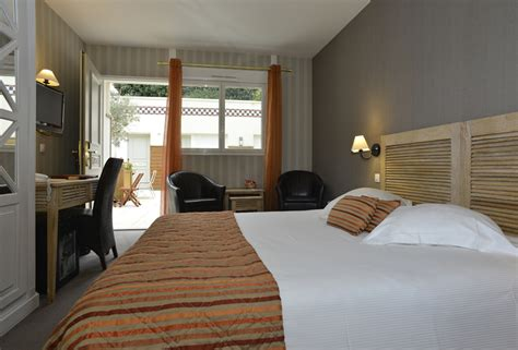 chambre hotel deauville chambre patio hôtel almoria deauville