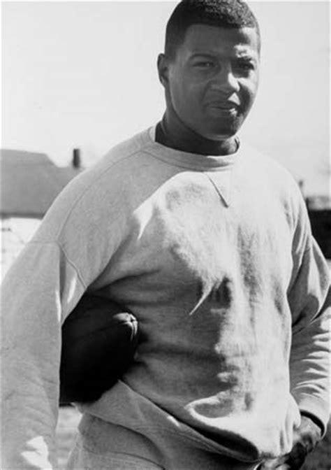 ernie davis biography american football player